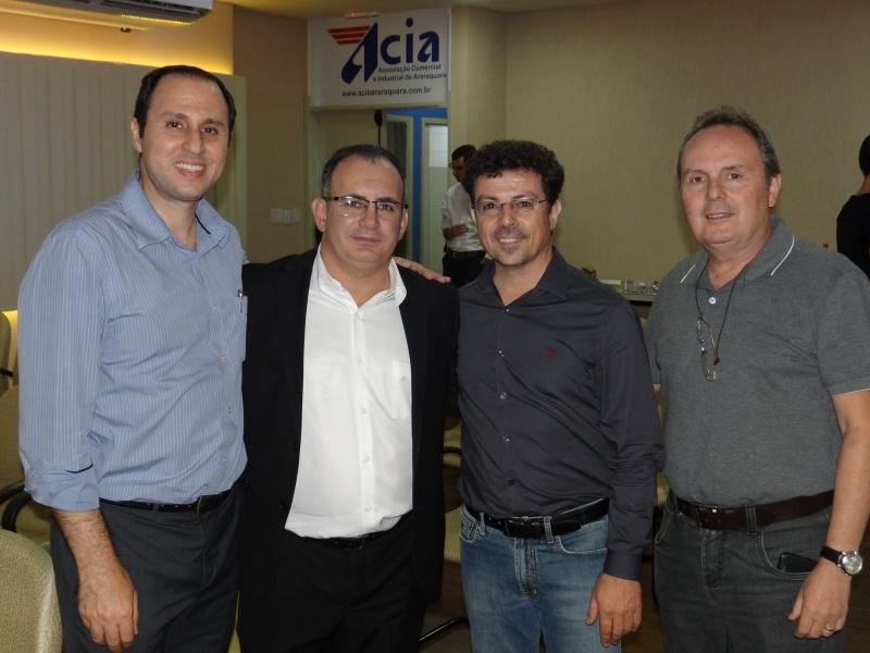 Palestra sobre gestão de negócios atrai empresários na ACIA